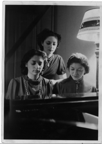 l. to r.: Sylvia, Ada, and Helen Fogel at Helen's apartment in Brooklyn, mid 1930's