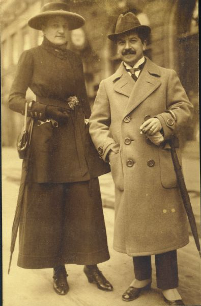 Therese and Artur Schnabel around 1920