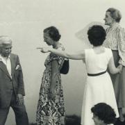 Schnabel, Therese Schnabel, Sir Robert Mayer; Ann Schnabel sitting. Above Lake Como, 1950